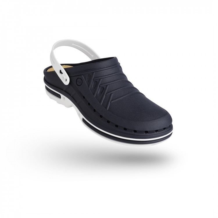 CLOG 03  w/ Strap with Walksoft™ Insole