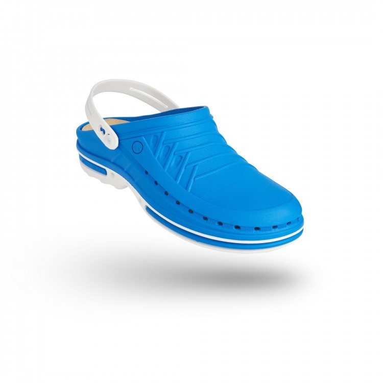 CLOG 07  w/ Strap with Walksoft™ Insole