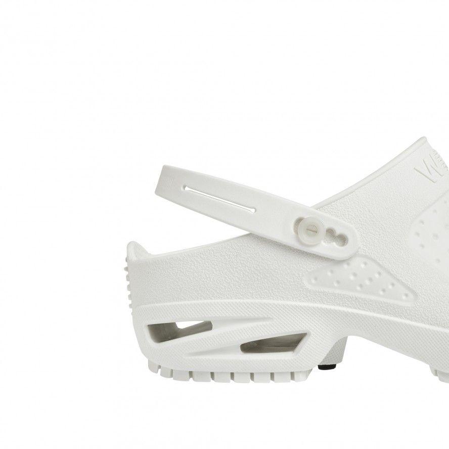 CLOG/BLOC White Strap